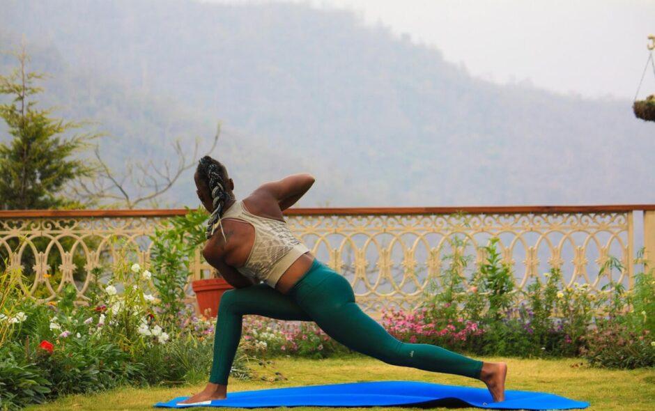 Its-Just-Elo-Yoga-été