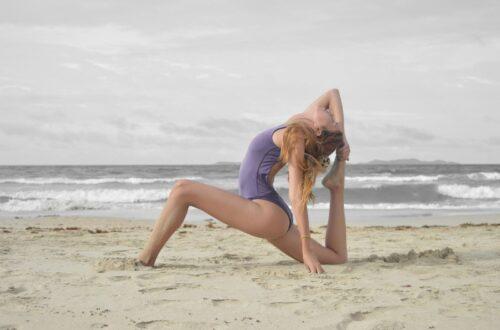 6 séances de yoga Youtube pour les hanches